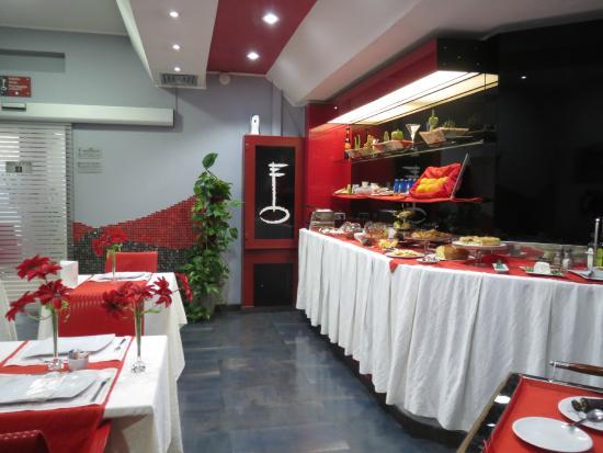 Vescovo Rosso: Breakfast room