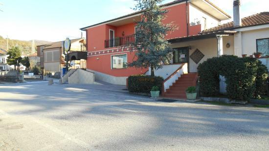 Cafe Victor Di Michele Gentile