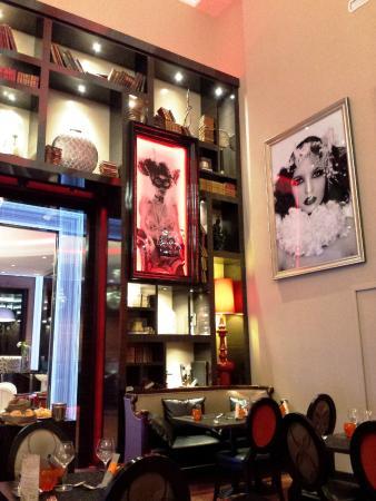 La salle photo de la folie des grandeurs aix les bains - Restaurant la folie des grandeurs aix les bains ...