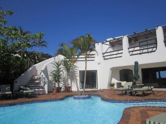 Lalaria: the pool area