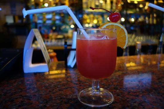 Montebello Villa Hotel: Välkomstdrinken kom att smaka gott.