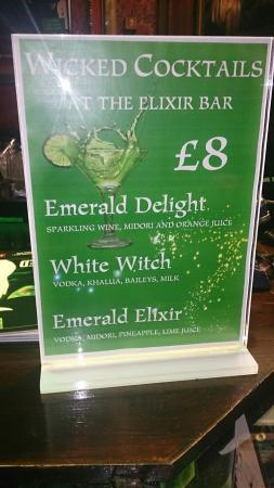 Edinburgh Playhouse: Wicked cocktails. I had emerald elixir.