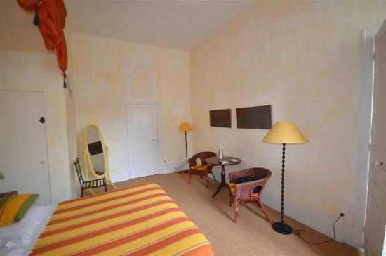 Maison Sainte Barbe : Room