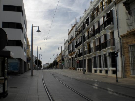Hostal La Andaluza: Calle Real