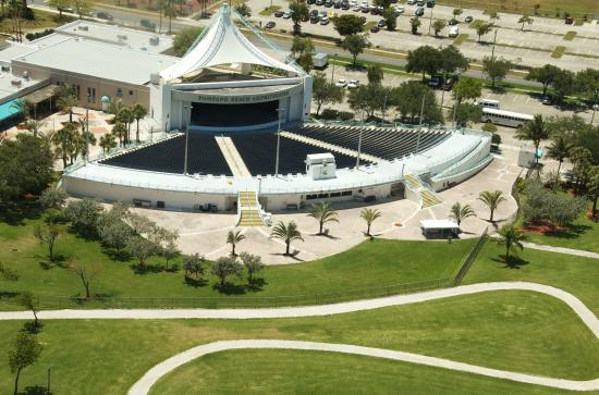 Pompano Beach Amphitheatre Amphitheater Is Located In S Community Park