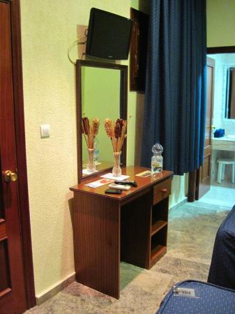 Hotel Nova Centro: Zimmer