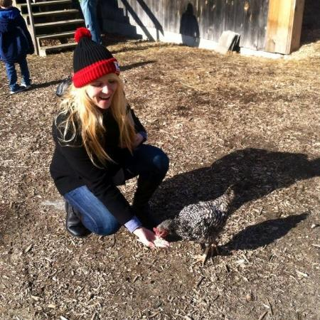 Taylor Farm: Feeding chickens