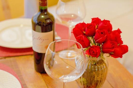 Mansion VillaVerde - Pousada & Vacation Rentals: ... und zu Allem ein guter Wein