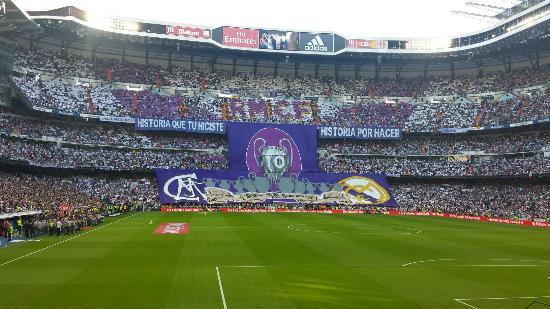 Stadio Santiago Bernabeu   REAL MADRID 3 - Barca 1 El mejor estadio del mundo  para 966e2217a31d1