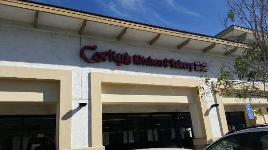 Corky's Kitchen & Bakery: Front facade