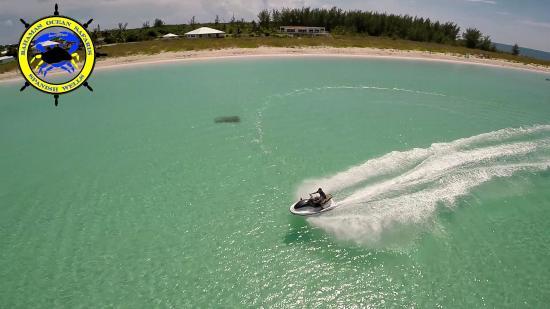 Bahamas Ocean Safaris : Jet ski fun
