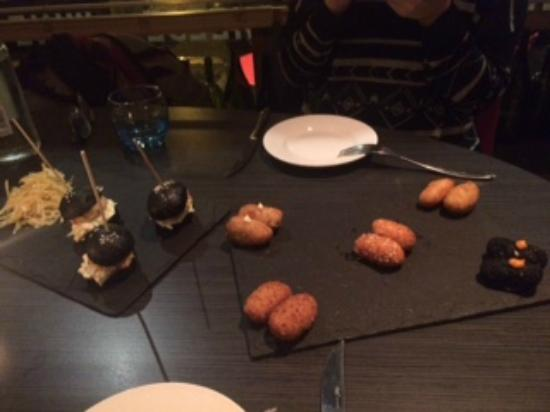 Tinto - Wine Bar & Kitchen: Croquettes are the best