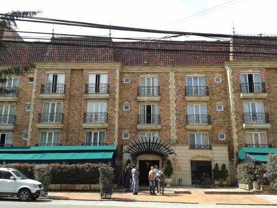 Hotel Estelar Windsor House: ingresso
