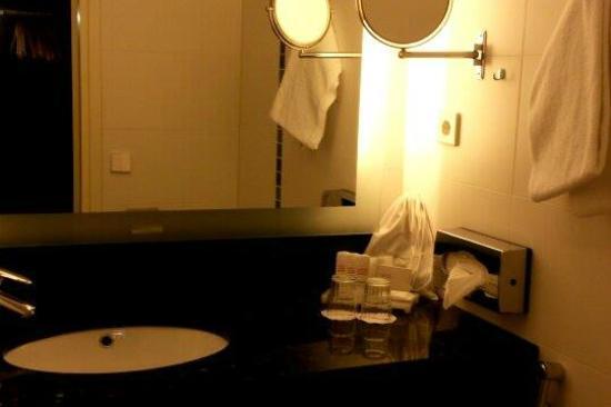Radisson Blu Hotel, Oulu: clean and tidy bathroom!