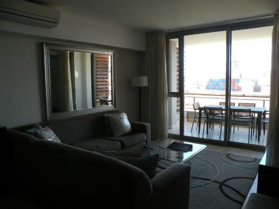 Canal Quays: Living area