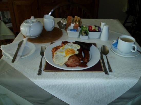 New Inn Motel: A Great British Breakfast as it should be