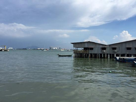 My Chew Jetty Homestay: A view from the chillout verandah