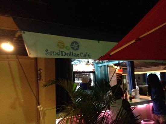 Sand Dollar Cafe: great little bar and grill