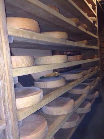 la cave fromages picture of le caveau verbier. Black Bedroom Furniture Sets. Home Design Ideas