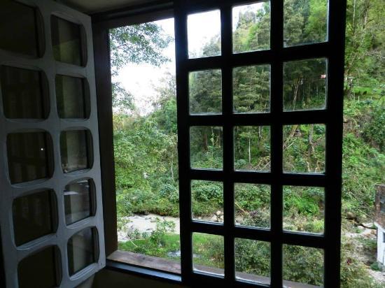Choconta, Colômbia: Vista de la habitación, recomendación: pedir la de la esquina del 2do piso, que tiene vista al r