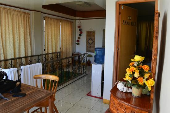 Palanca Guest House: Outside our room