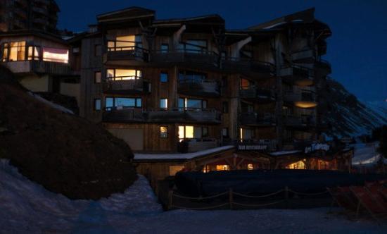 Pierre & Vacances Residence Sepia: vista da noite