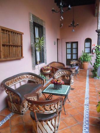 Casa Rosada Hotel: Exterior