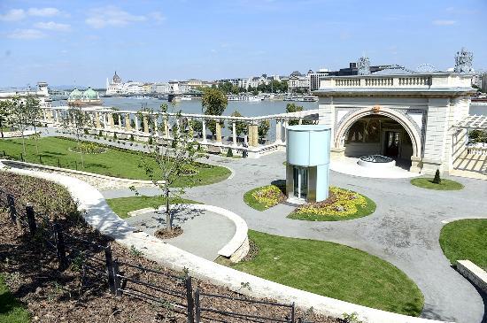 Várkert Bazár: Picture Of Castle Garden, Budapest