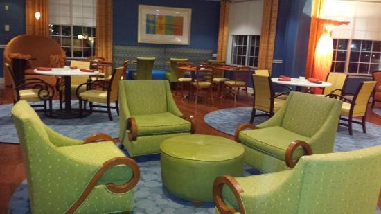 Hotel Indigo Jacksonville Deerwood Park: Hotel Indigo Jacksonville lobby