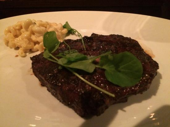 Bourbon Steak: Hangar steak