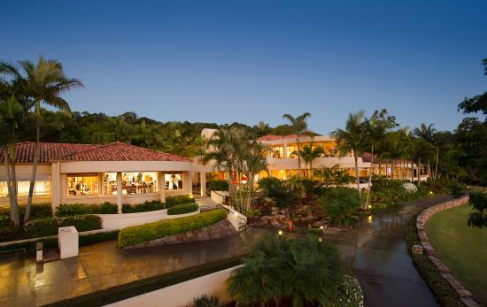 Noosa Springs Golf & Spa Resort