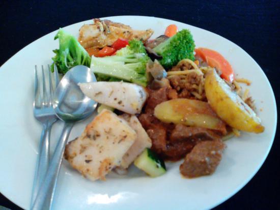 The Sunan Hotel Solo : the mix prasmanan menu