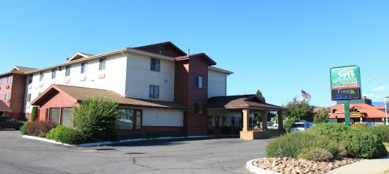 FairBridge Inn & Suites: GuestHouse Inn & Suites