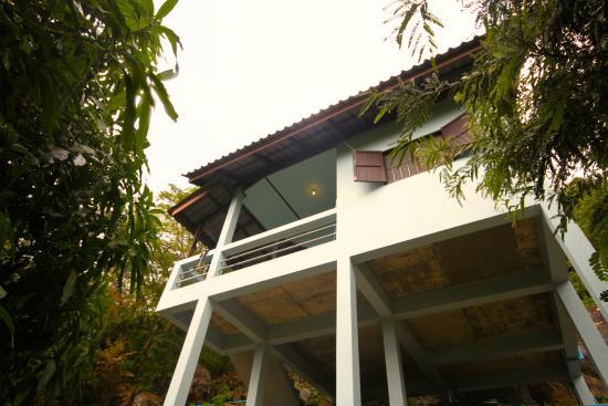 Laem Klong Resort