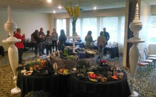 FairBridge Inn & Suites Idaho Falls: Social Gathering