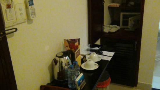 Beautiful Saigon Hotel: Coffee Tea Maker