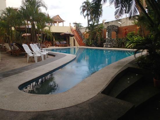 Sabai Mansion : The pool