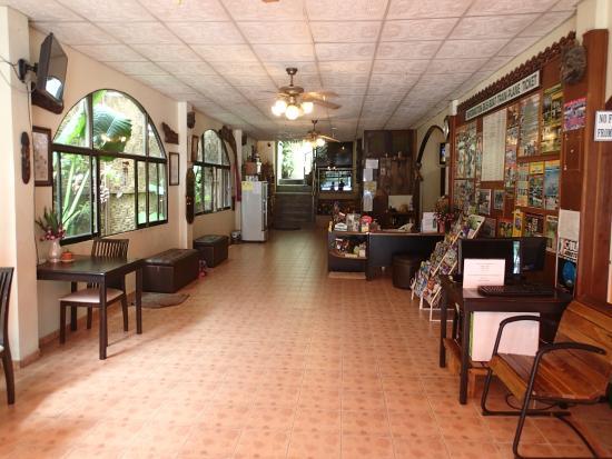 Sabai Mansion : Hotel foyer