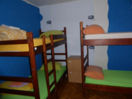 Montenegro Hostel Kotor : 6-bed dorm room assigned to me