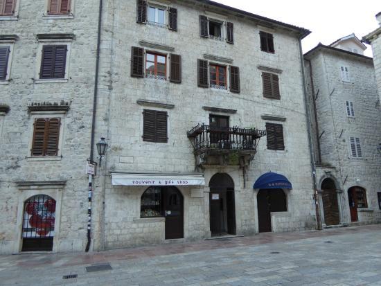 Montenegro Hostel Kotor : Entrance