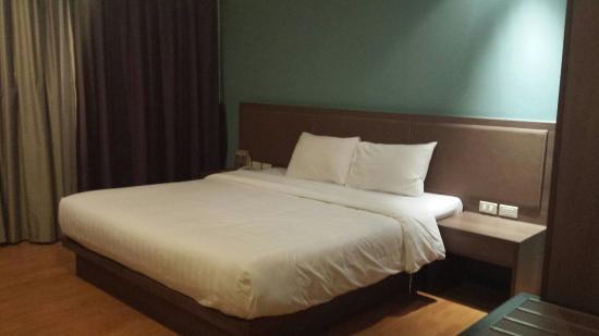Narai Hotel: Quarto