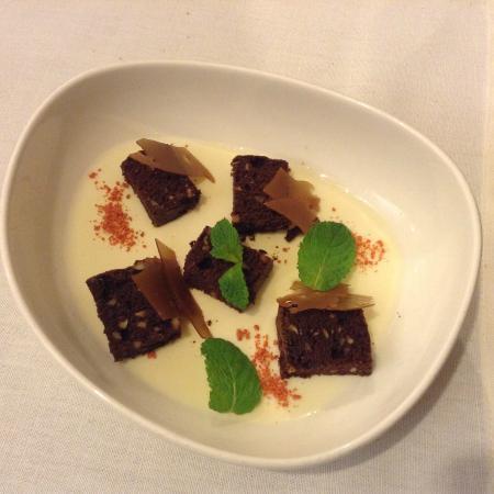 """Duo Gastrobar : Dessert """"Panna cotta con dolcetti di cioccolato e menta"""""""