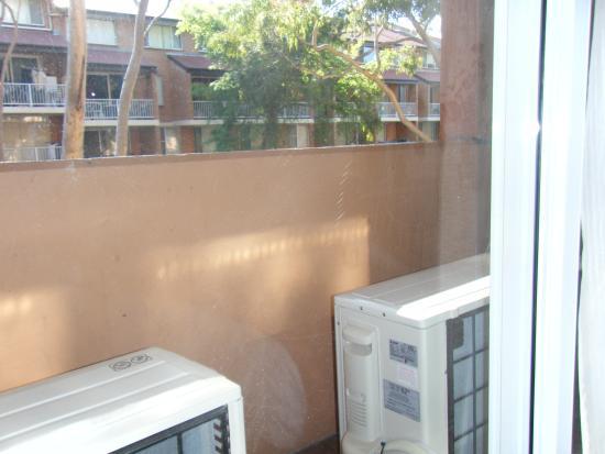 Metro Aspire Hotel Sydney: Balcony