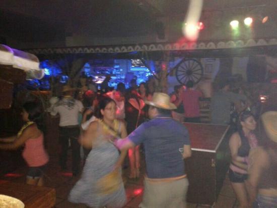 Discoteca Terrasita, dentro de Las Cuevas del Principe, todo en un mismo lugar