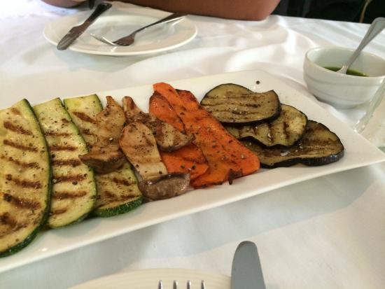 Arcobaleno Italian Restaurant : Grilled vegetables with fantastic Pesto sauce
