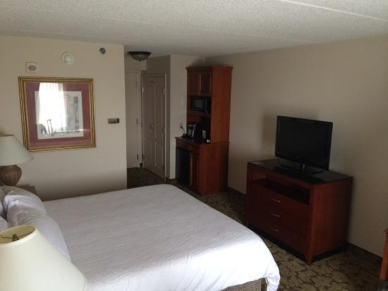 Hilton Garden Inn Cleveland Downtown: Rm 1003 - King Bed Guest Room