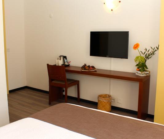 Hotel du Marche: Chambre double