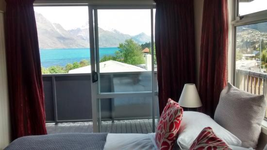 Chalet Queenstown: The view