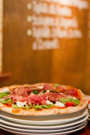 Sale & Pepe Pizzeria : Pizza al horno