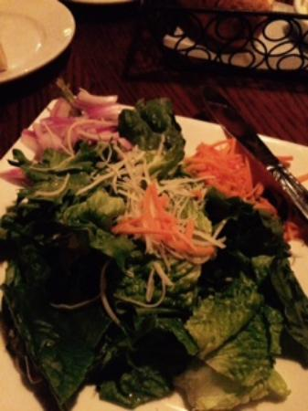 Harry's Seafood Bar and Grille : custom salad